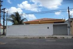 Casa – Rua Manoel Monteiro, 11 – C. Funcionários