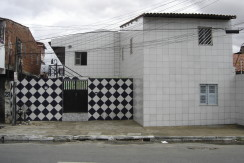 Quitinete – Av. Osório de Paiva, 30 – Parangaba